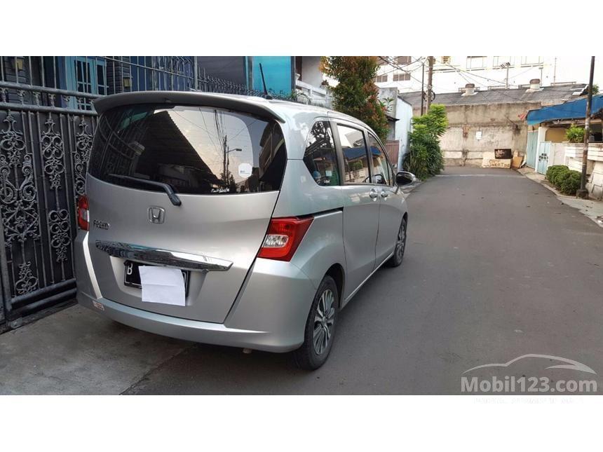 2013 Honda Freed S MPV