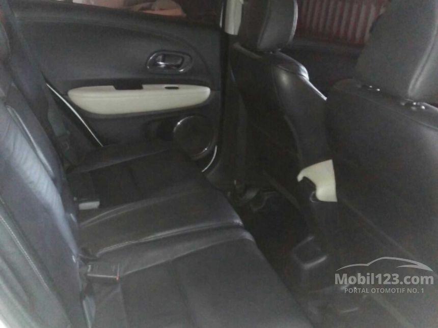 2015 Honda HR-V Prestige SUV