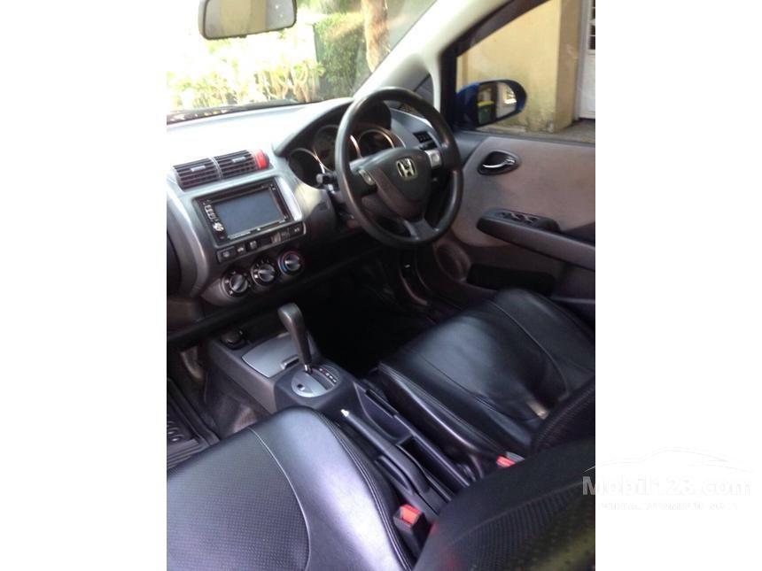 2004 Honda Jazz i-DSI Hatchback