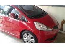 2010 Honda Jazz 1.5 RS  Merah KM Rendah Jarang Pakai