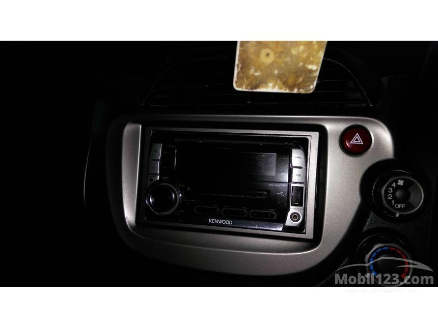 2010 Honda Jazz RS Hatchback