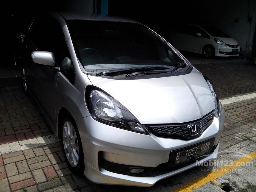 2013 Honda Jazz RS Hatchback