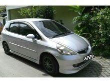 2005 Honda Jazz 1.5 VTEC silver
