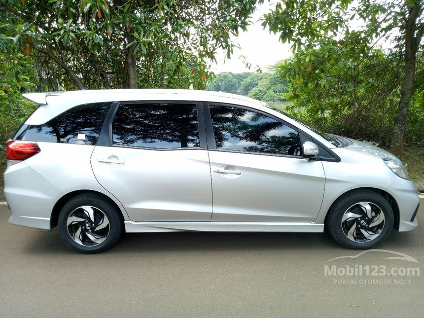 honda mobilio bekas murah with 3662896 on 5153634 as well Pajak Mobil Honda Jazz 2005 additionally 4951305 as well Antikaratmobilsurabaya wordpress in addition 3650487.