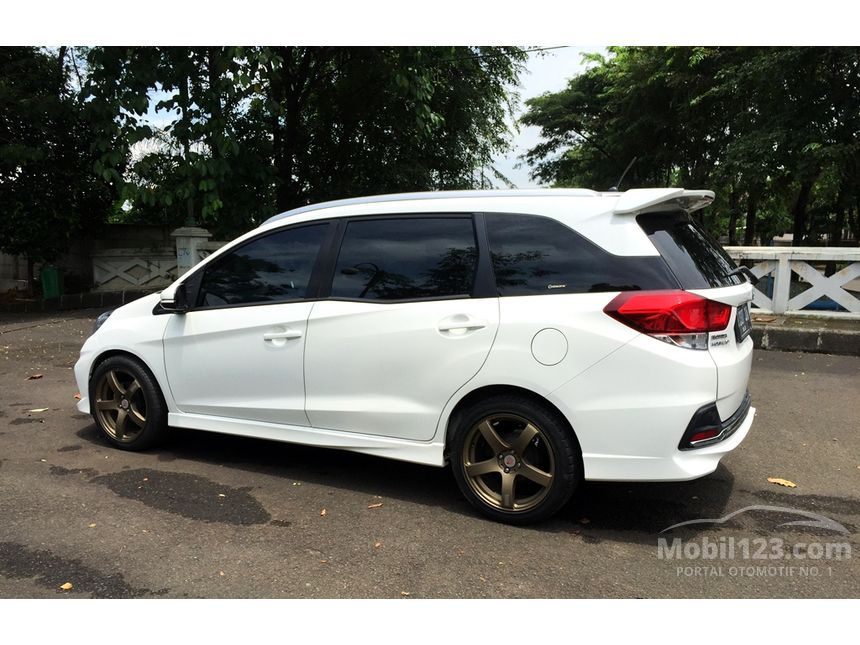 honda mobilio bekas murah with 3650487 on 5153634 as well Pajak Mobil Honda Jazz 2005 additionally 4951305 as well Antikaratmobilsurabaya wordpress in addition 3650487.