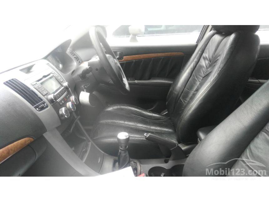 2010 Hyundai Sonata 2.4 Manual Sedan