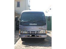 2011 Isuzu Elf 2.8 Minibus