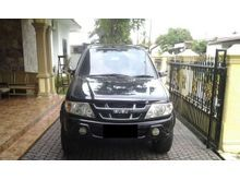 Isuzu Panther Grand Touring 2,5 CC Turbo Diesel thn 2006 warna hitam