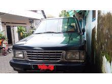 1996 Isuzu Panther 2.3 MPV Minivans, Hijau Tua Metalic