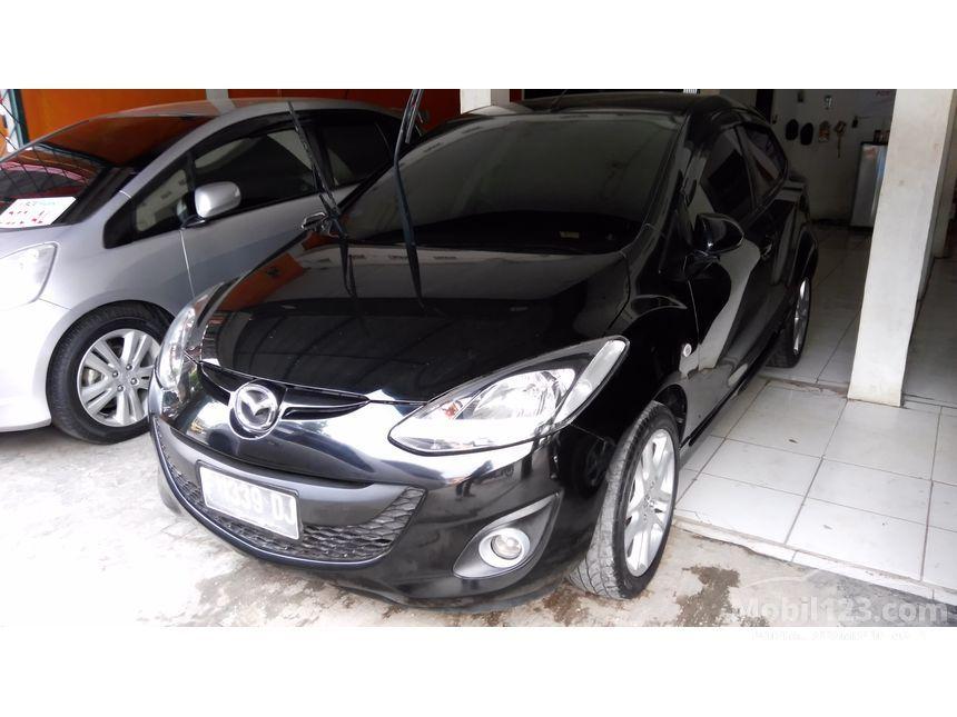 2012 Mazda 2 S Sedan