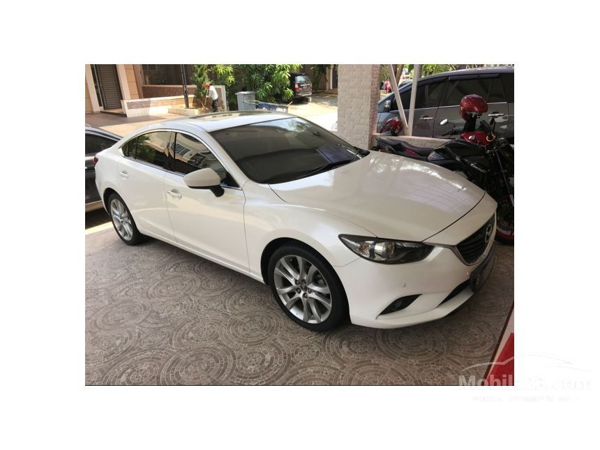 mazda 2 sedan bekas with 3724743 on 3724743 as well 2089902 additionally 3875139 as well 5118 Bmw 320i M T Thn 1995 Warna Silver together with 3382970.