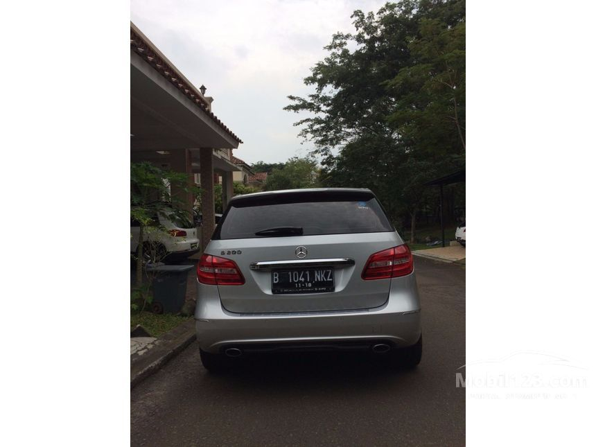 mercedes benz b200 review indonesia with 3457634 on 3838308 also 3463518 besides 3457634 besides Mercedes Benz Ml 300 Cdi Amg Sports Review in addition Mazd11fr.