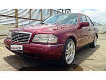 Mercedes benz C200 Tahun 1995 1996 Matic Merah Terawat