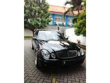Mercedes-Benz E200 2004 Black on Beige