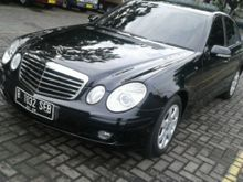 2009 Mercedes-Benz E200 2.0  SedanJual cepat mercy E200. k.2009
