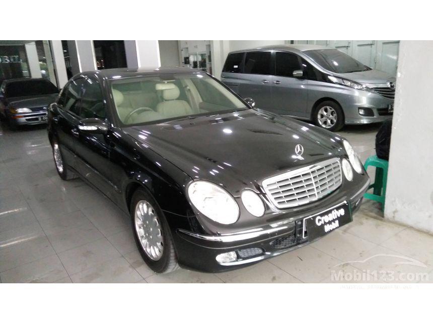 2002 Mercedes-Benz E240 W210 Sedan