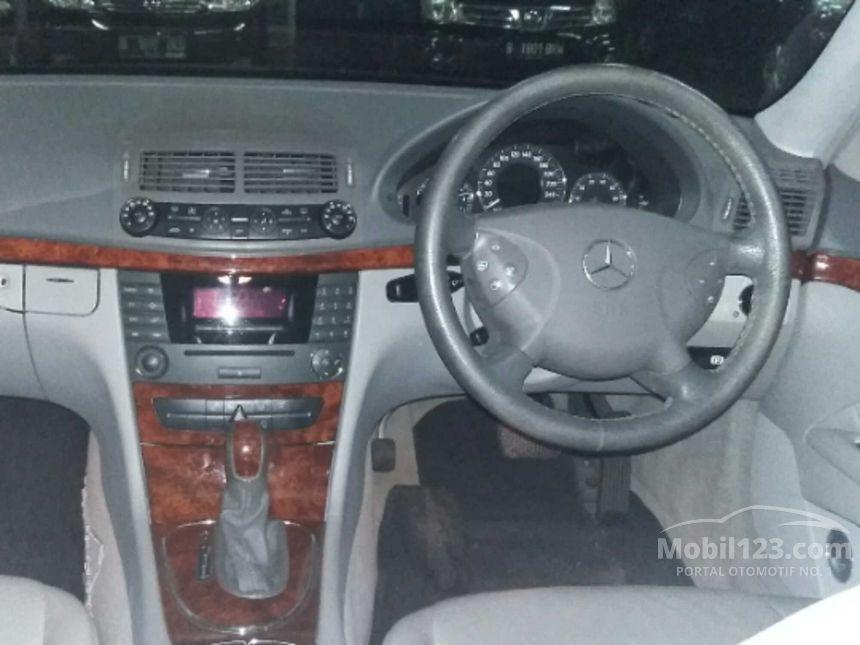 2006 Mercedes-Benz E280 Sedan