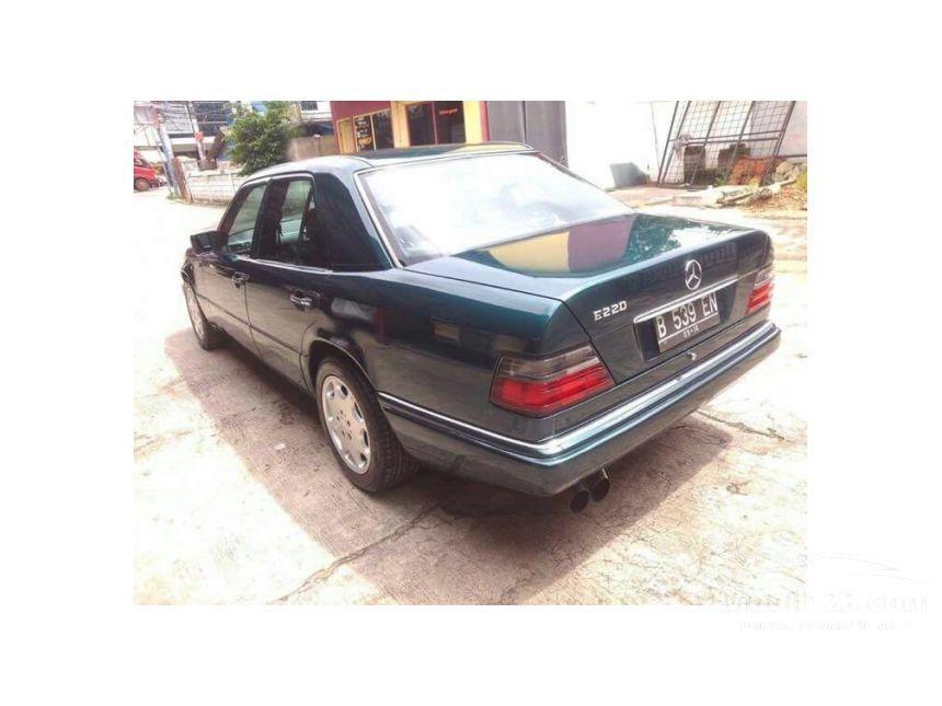 Jual Mobil Mercedes Benz 220e 1994 2 2 Manual 2 2 Di Dki