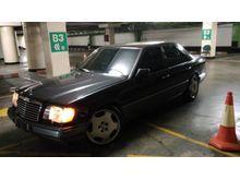 Jual Mercedes-Benz E230 Spesial