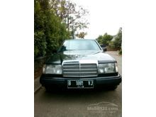 1988 Mercedes-Benz 300E 3.0 Sedan