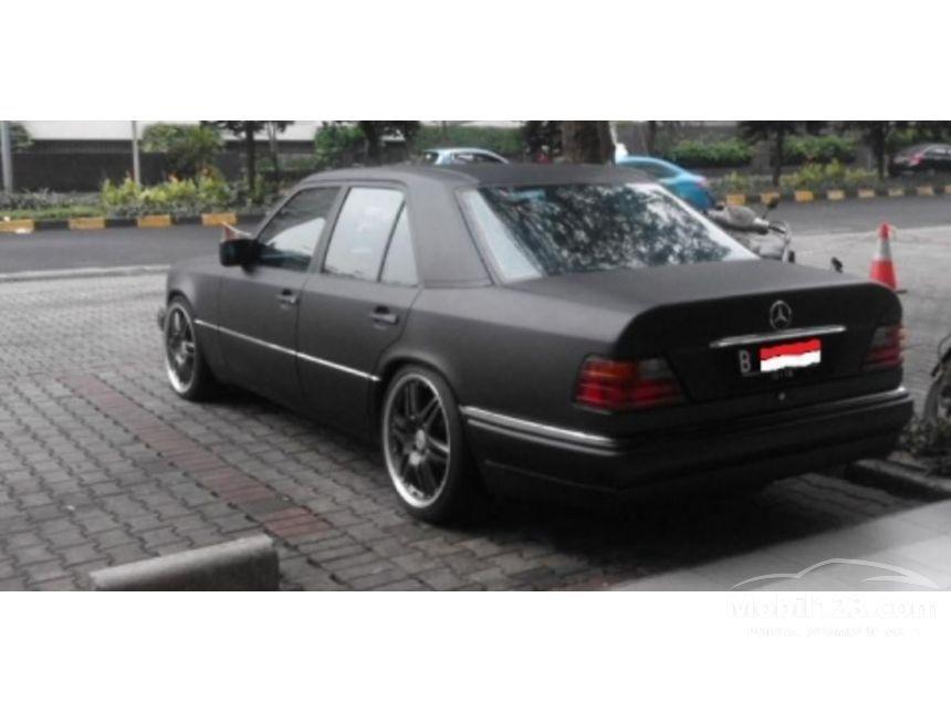 Jual mobil mercedes benz 300e 1989 3 0 di dki jakarta for 1989 mercedes benz 300e