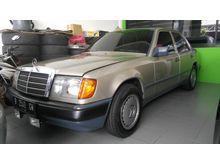 1986 Mercedes-Benz 300E