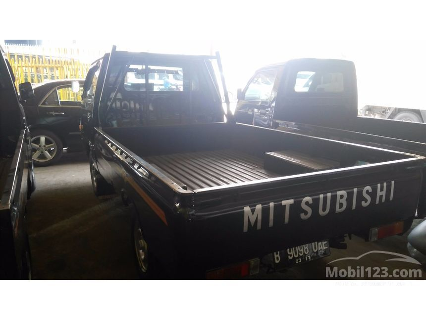 2012 Mitsubishi Colt L300 Standard Pick-up