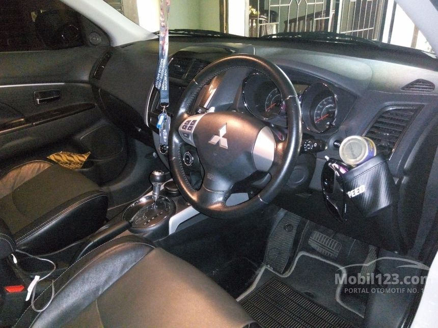 Jual Mobil Mitsubishi Outlander Sport 2014 Limited 2.0 di ...