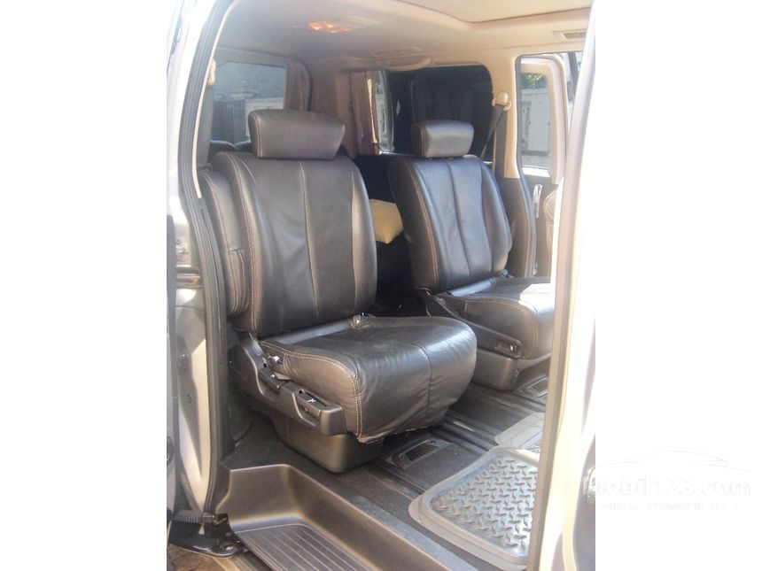 nissan elgrand bekas with 3368530 on 1952701 moreover 1974063 in addition 3368530 also 3271107 likewise 3602193.