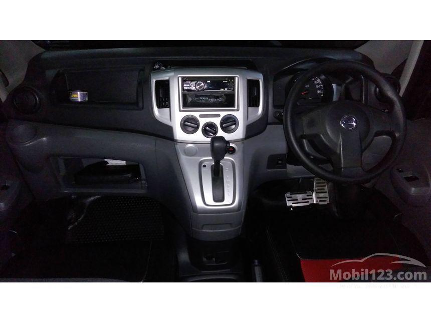 2012 Nissan Evalia XV MPV