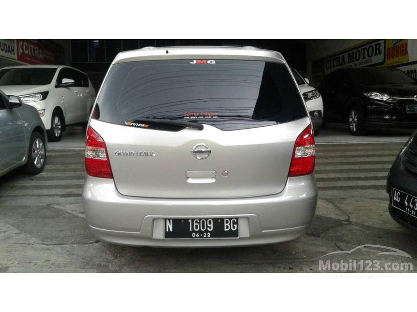 Jual Mobil Nissan Grand Livina 2012 SV 1.5 di Jawa Timur ...