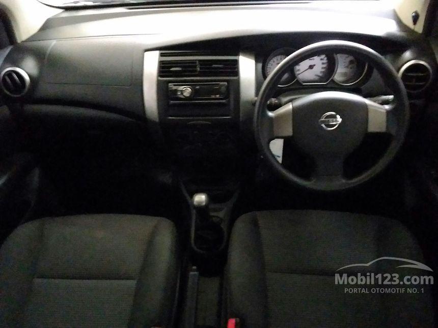Nissan Grand Livina 2013 SV 1.5 di Jawa Timur Manual MPV ...