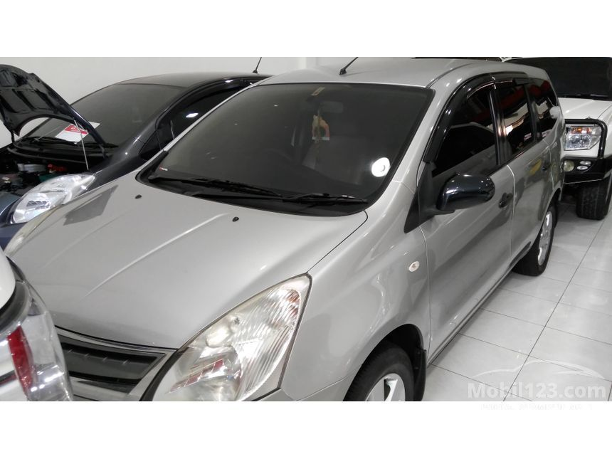 2012 Nissan Grand Livina SV MPV