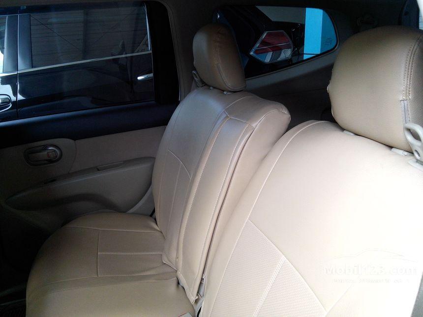 2013 Nissan Grand Livina XV MPV