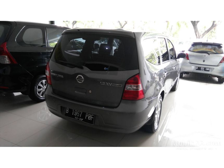 jual mobil nissan grand livina 2012 xv 1 5 di jawa barat automatic mpv abu abu rp. Black Bedroom Furniture Sets. Home Design Ideas