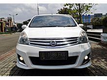 Nissan Grand Livina 1.5 XV 2013 AT white elegant , Service record , full orisinil