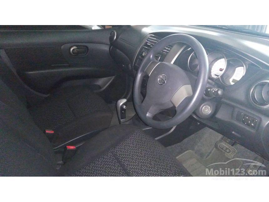 2012 Nissan Grand Livina XV MPV