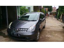 Nissan Livina SV 2010