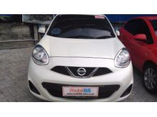 2013 Nissan March 1.2 1.2L Putih alus