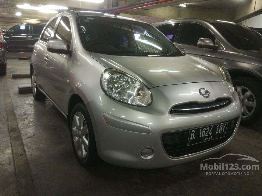 2011 Nissan March Compact Car City Car
