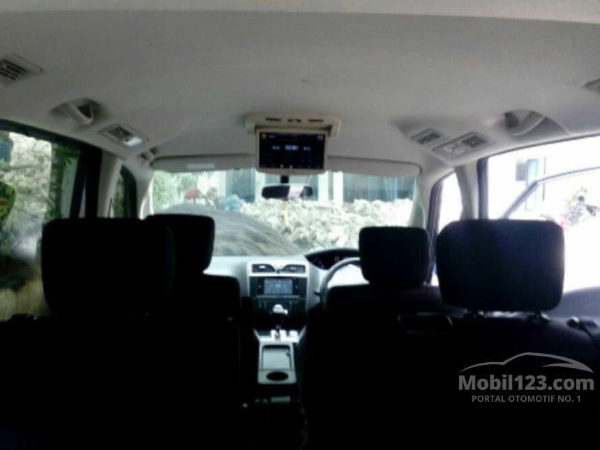 2013 Nissan Serena Highway Star MPV