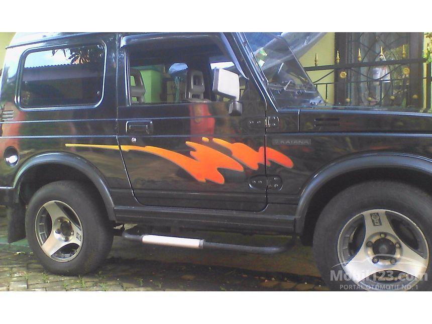 Jual Mobil Suzuki Katana 1995 GX 1.0 di Jawa Timur Manual ...