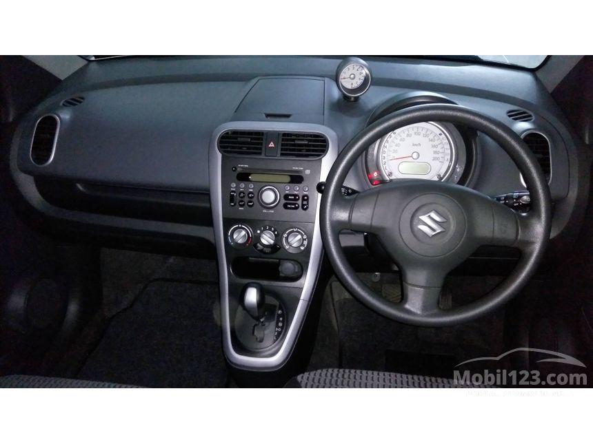 2014 Suzuki Splash GL Hatchback