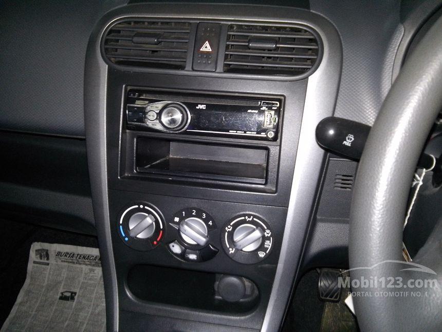 2010 Suzuki Splash GL Hatchback