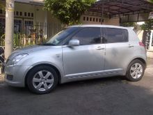 2011 Suzuki Swift 1.5 ST AT Hatchback