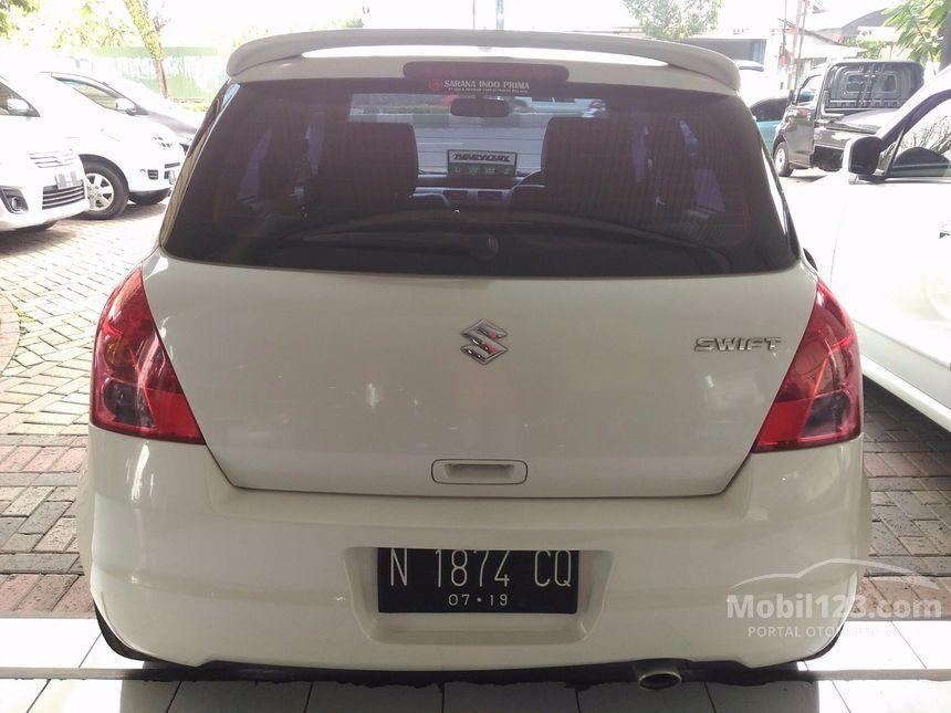 Jual Mobil Suzuki Swift 2009 ST 1.5 di Jawa Timur ...
