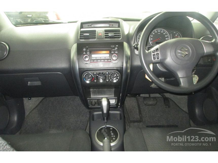 2008 Suzuki SX4 Cross Over Hatchback