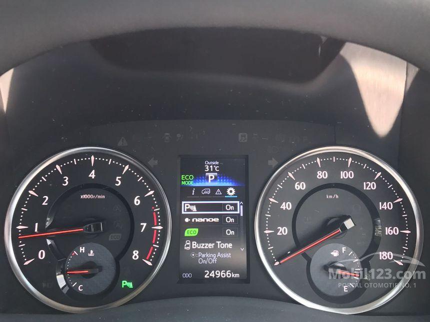 2015 Toyota Alphard G Van Wagon