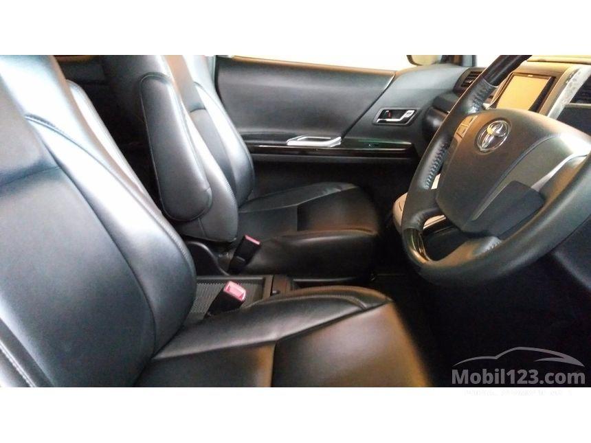 2012 Toyota Alphard MPV Minivans
