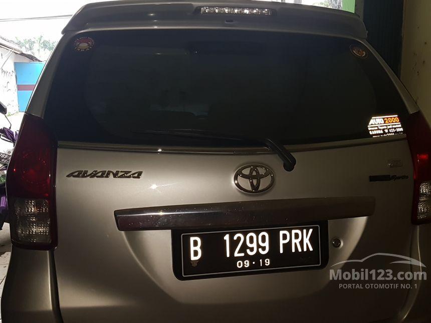 Harga Toyota Agya bekas dan baru November 2017